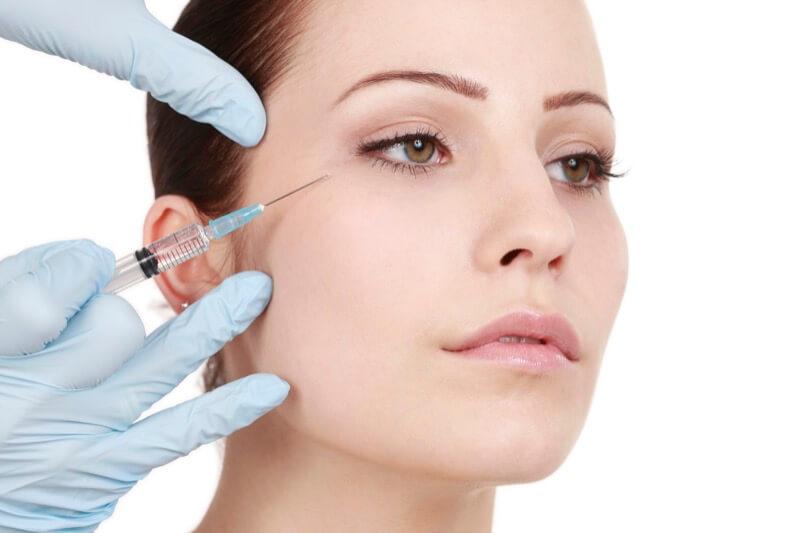 Faltenunterspritzung Augenfalten